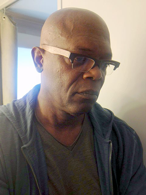 samuel-jackson-gold-wood-nylor-eyeglasses-2.jpg